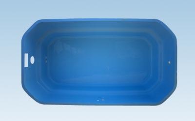 Piscinas prefabricadas en poliester reforzado con fibra de for Mini piscinas prefabricadas