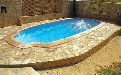 Piscinas prefabricadas en poliester reforzado con fibra de for Modelos piscinas prefabricadas